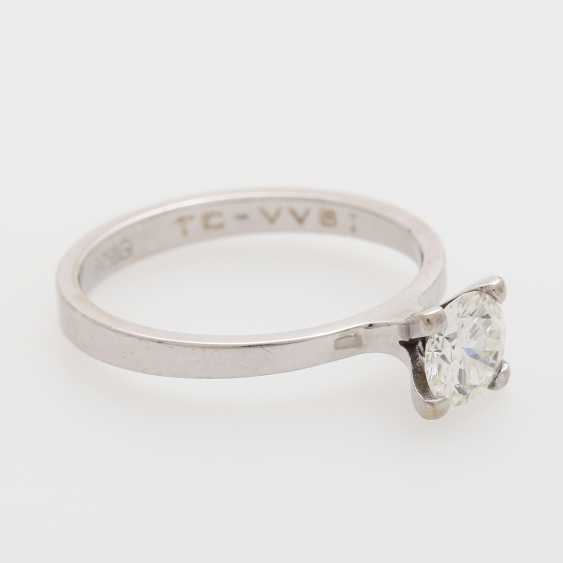 Solitaire ring with 1 brilliant; - photo 2