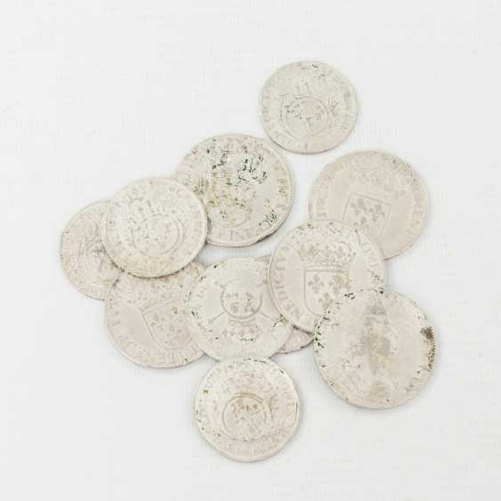 France 11-piece collection - Ecu 1651, 1652/A, 1652/P, 1664 B, 1694/O, as well as 1/2 Ecu 1693/A, 1694/E, 1694 H (2x), 1695/A, 1702/ZZ (RR), - photo 1