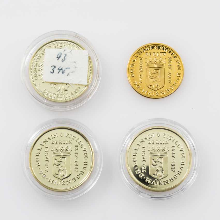Gold solder fine medals approx. 22 g, - photo 2