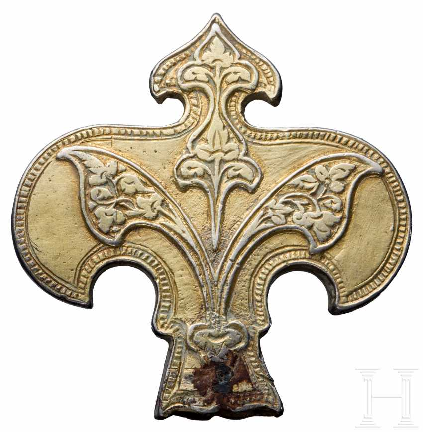 Silver gold-plated, Lily-shaped attachment, the North-Eastern black sea region, the territory of the Golden Horde, 13. - 14. Century - photo 1