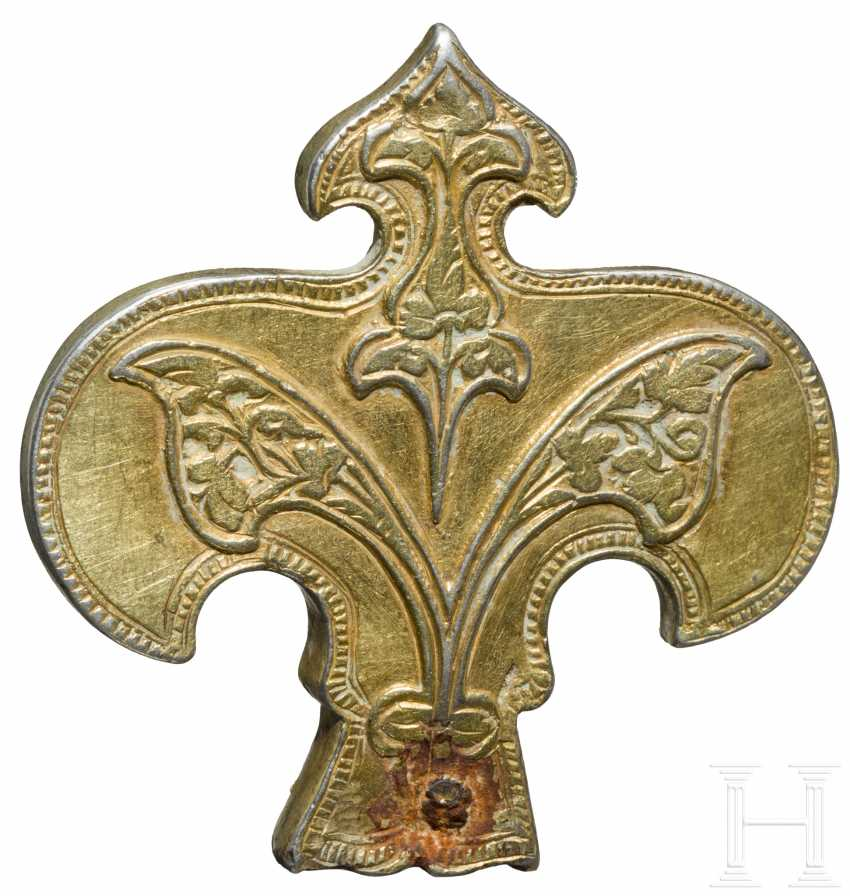 Silver gold-plated, Lily-shaped attachment, the North-Eastern black sea region, the territory of the Golden Horde, 13. - 14. Century - photo 2
