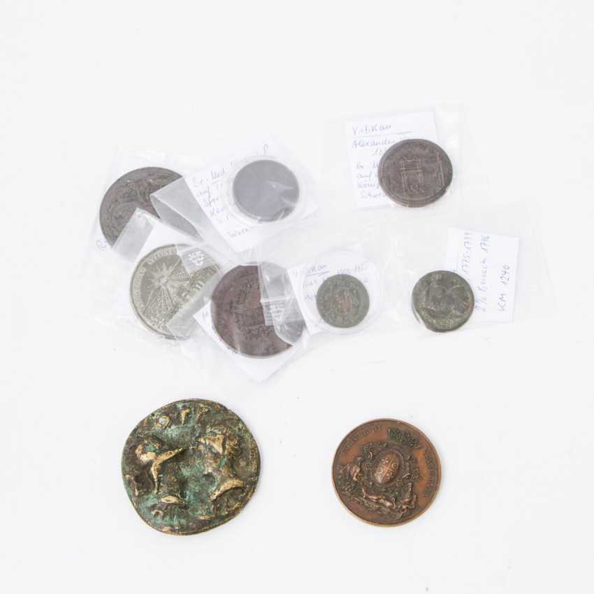 Italy - lot of 2 coins and 7 medals, including 1 x Vatican - photo 1
