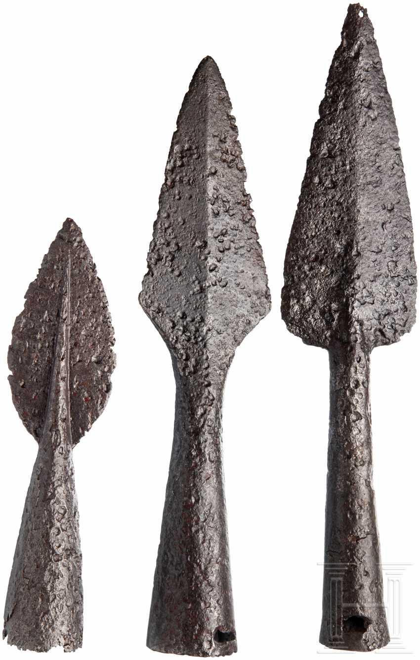 Three medieval Pikenspitzen, 15. - 17. Century - photo 1