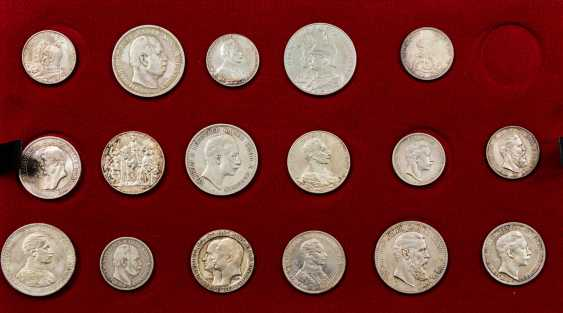 Dt. Empire - interesting Tableau with 17 coins, - photo 1