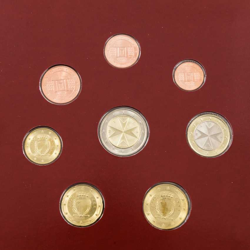 Beautiful gold vintage with a bit of SILVER - 2 x South African 1 Krugerrand 1977, vz, finger, fine prints, stained, per 1 ounce of Gold. - photo 3