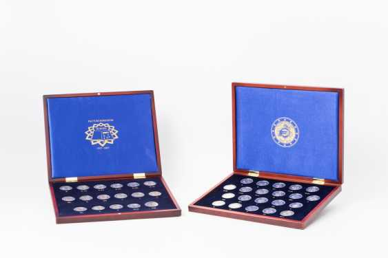 More extensive Euro-collection in 2 wooden cases, - photo 2