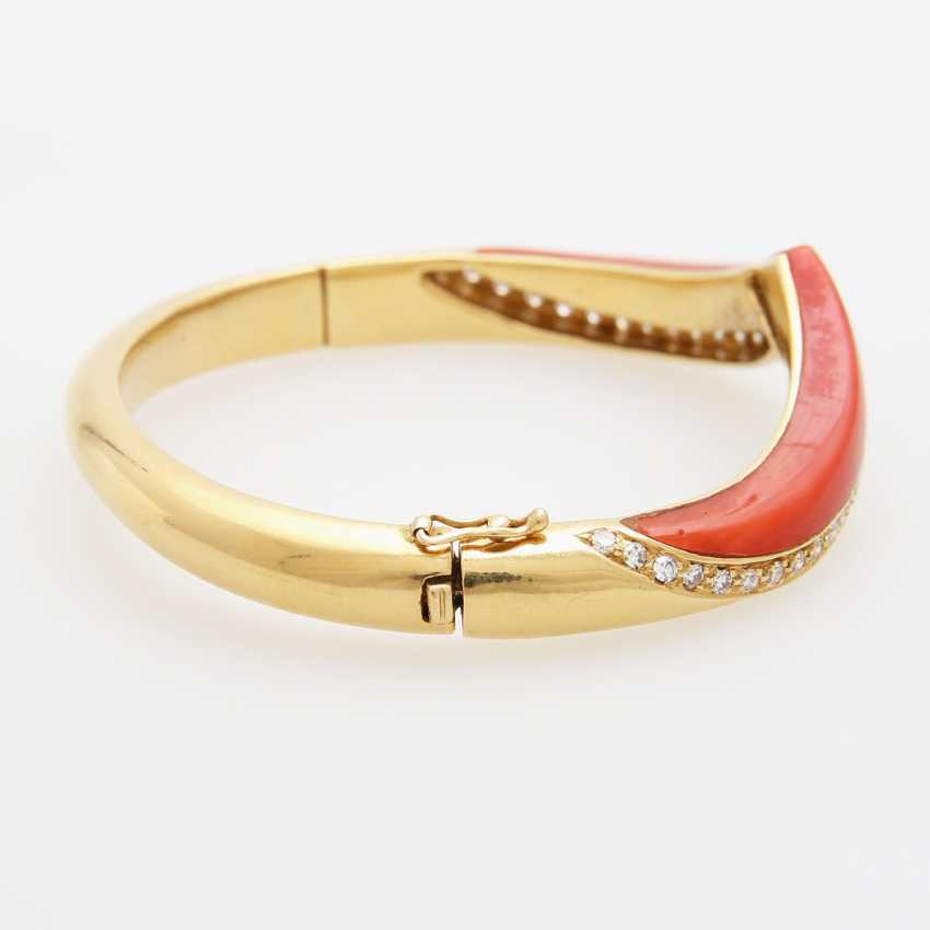 Bangle bracelet with Coral inlay - photo 3