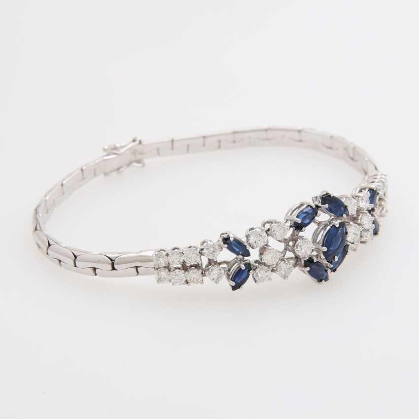 Bracelet bes. 9-fac. Sapphires and 28 brilliant-cut diamonds; - photo 3