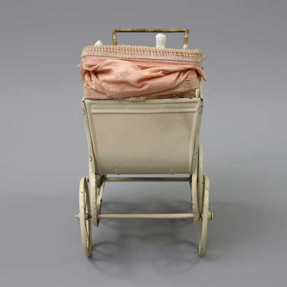 Miniature Doll's Pram, 1.H. 20. Century, - photo 3