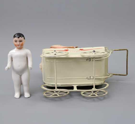 Miniature Doll's Pram, 1.H. 20. Century, - photo 5