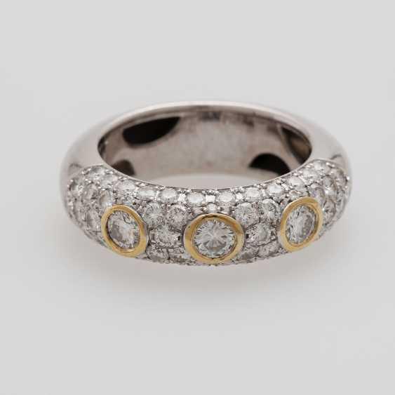 Ladies ring studded with Diam.- Brilliant - photo 1