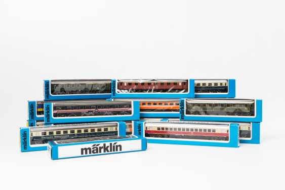 MÄRKLIN mixed lot of 16 cars, gauge H0, - photo 1