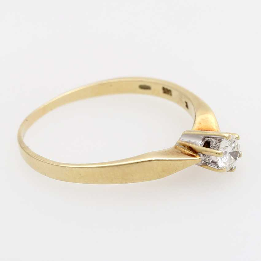 Solitaire Ring with 1 brilliant tenant approximately 0.20 ct., - photo 2