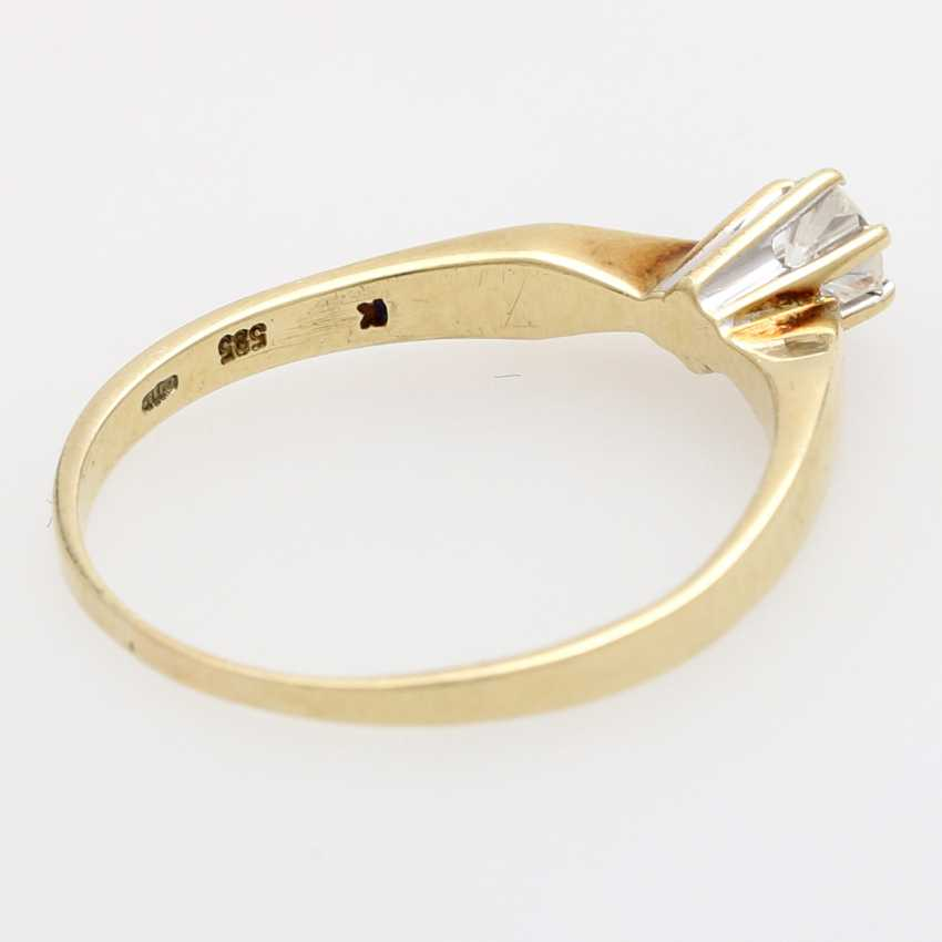 Solitaire Ring with 1 brilliant tenant approximately 0.20 ct., - photo 3