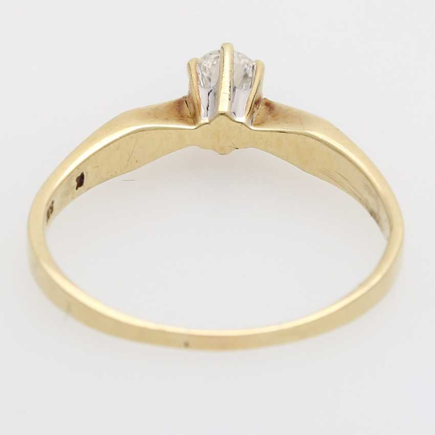 Solitaire Ring with 1 brilliant tenant approximately 0.20 ct., - photo 4