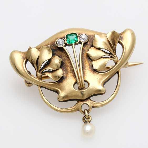 Brooch m. 1 emerald, 2 old European cut - photo 1