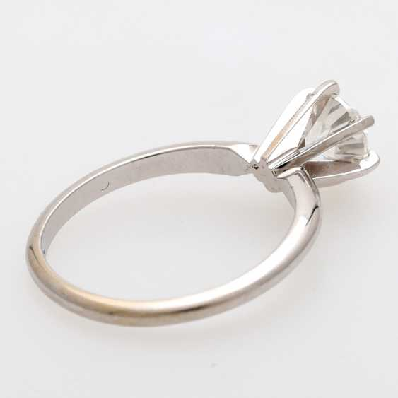 Solitaire ring m. 1 brilliant tenant of approximately 0.8 ct - photo 3