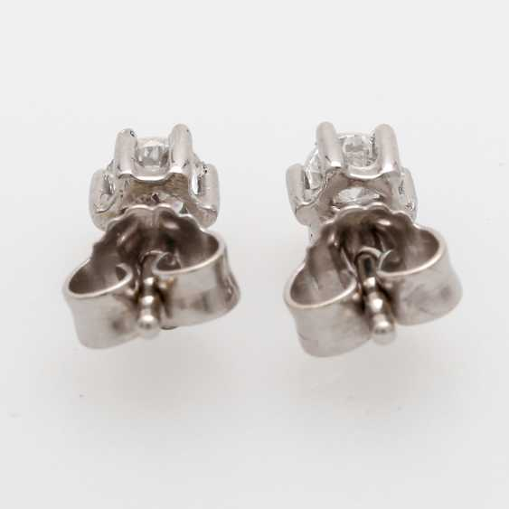 Stud earrings m. 2 brilliant tenanten together about 0.4 ct - photo 5