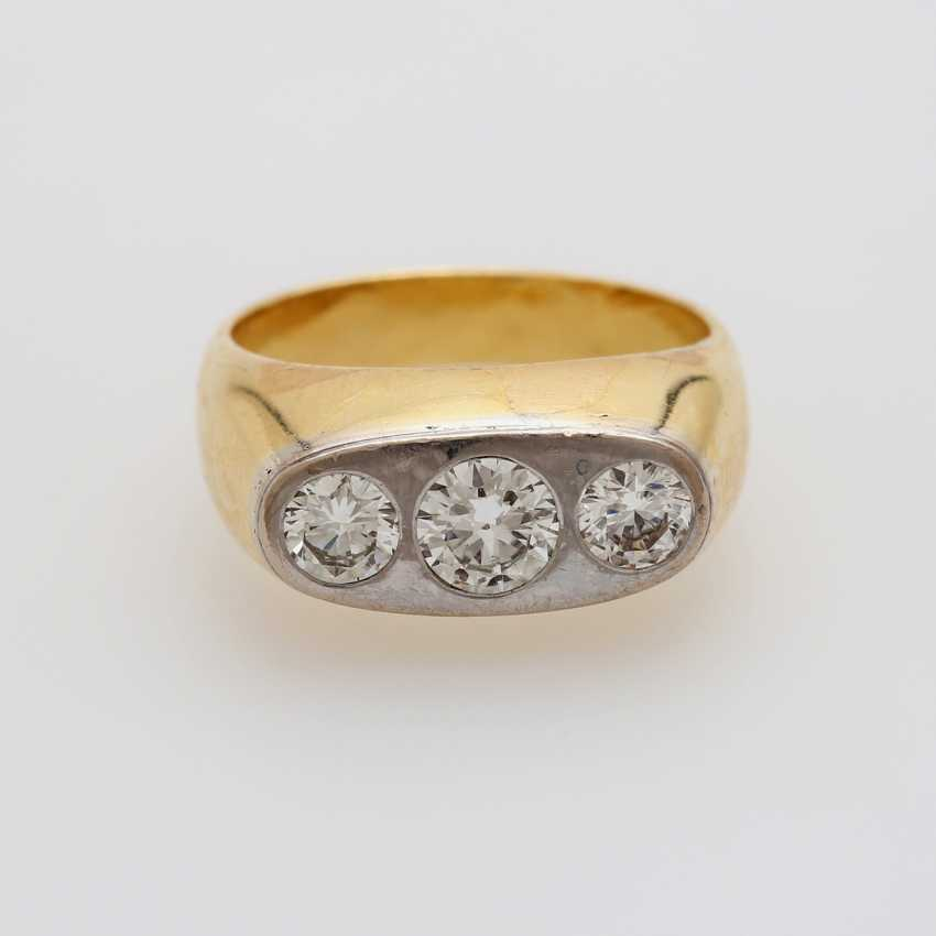 Ring with 3 diamonds - photo 1