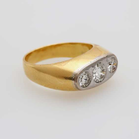 Ring with 3 diamonds - photo 2