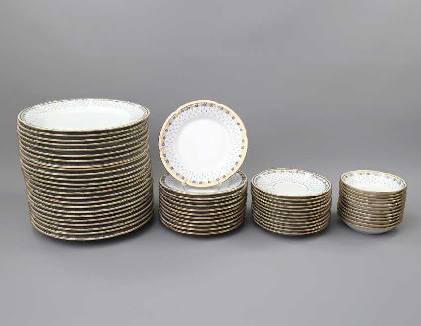 LIMOGES GDA dinner service for 12-24 persons 'Anjou', 20. Century - photo 2
