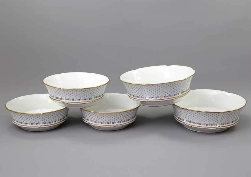 LIMOGES GDA dinner service for 12-24 persons 'Anjou', 20. Century - photo 3