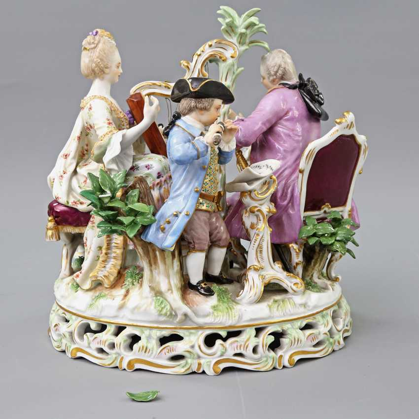 MEISSEN figure group 'The music', about 1900. - photo 4