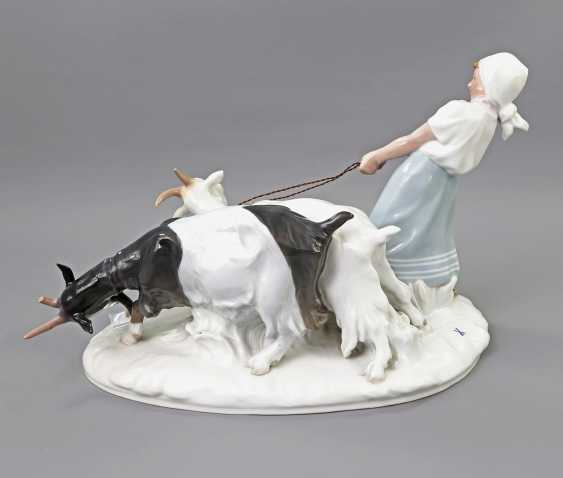 MEISSEN figure group 'the goat shepherdess', 20. Century - photo 5