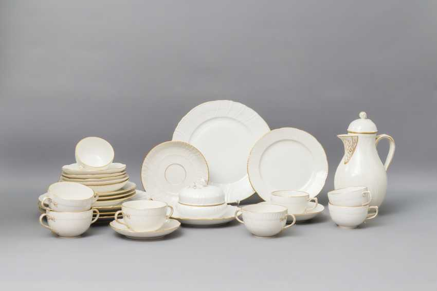 KPM dining - and coffee service for 4 persons 'Rocaille', 20. Century - photo 1