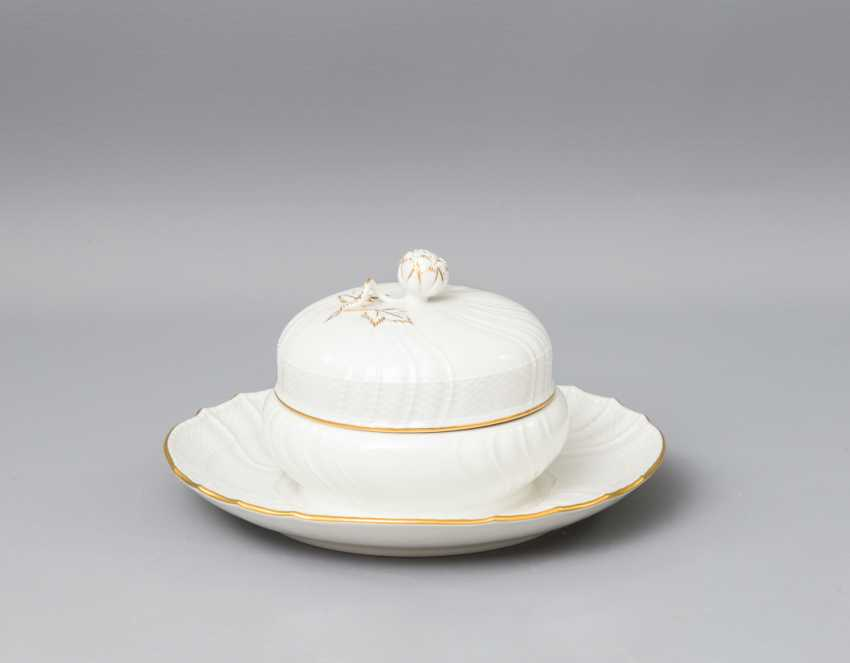 KPM dining - and coffee service for 4 persons 'Rocaille', 20. Century - photo 4