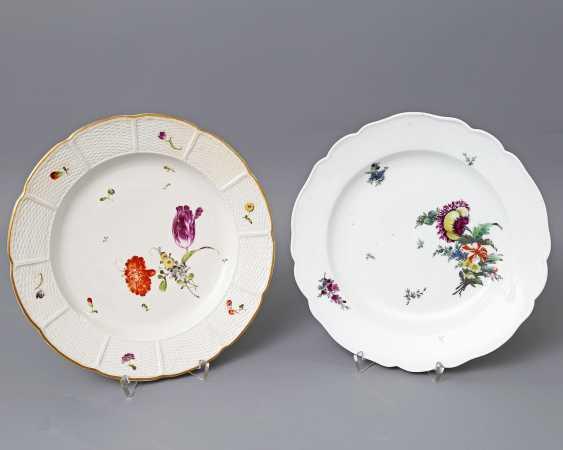 Ludwigsburg and Royal Copenhagen (?) 2 plates, 18. Century - photo 1