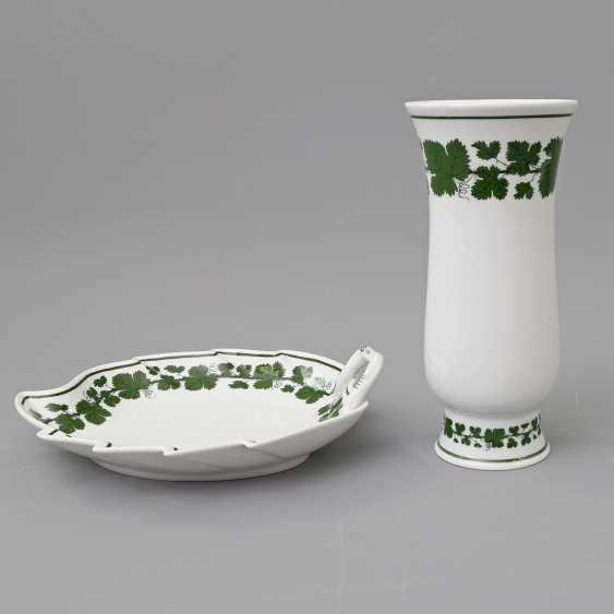 MEISSEN Cup and Vase 'vine leaf', 20. Century - photo 2