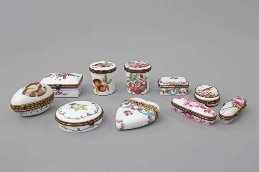 LIMOGES 10 lid tins, 20. Century - photo 1