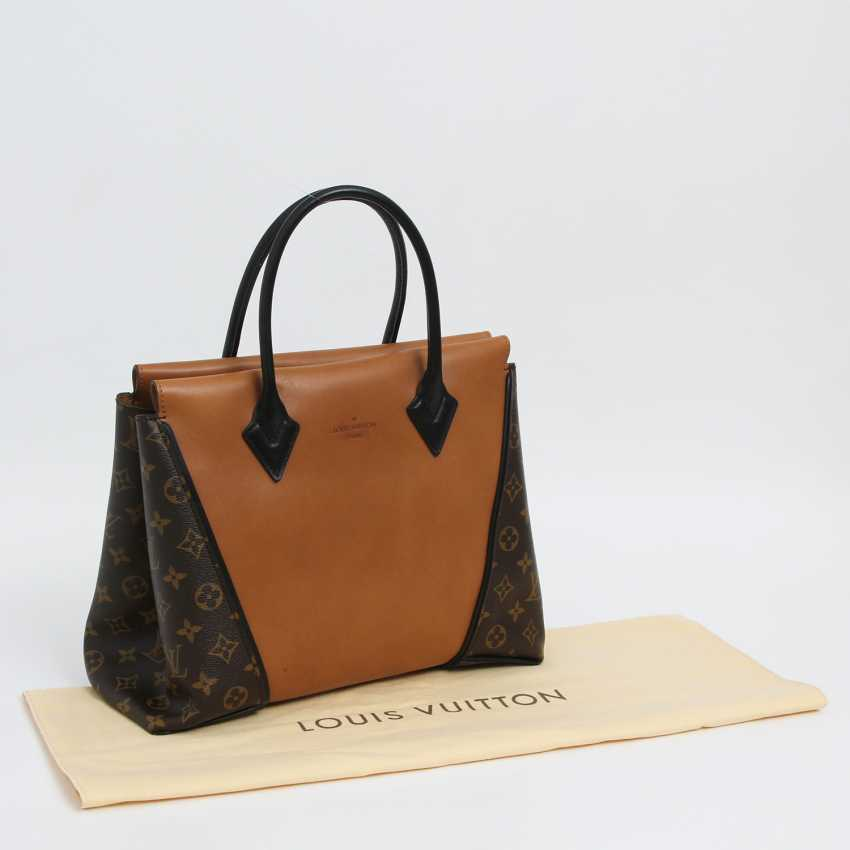 "LOUIS VUITTON exclusive sling bag ""W PM"", collection 2013. - photo 2"