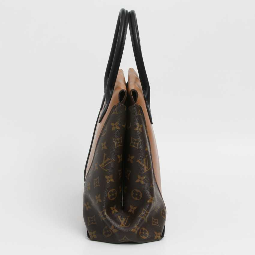 "LOUIS VUITTON exclusive sling bag ""W PM"", collection 2013. - photo 4"