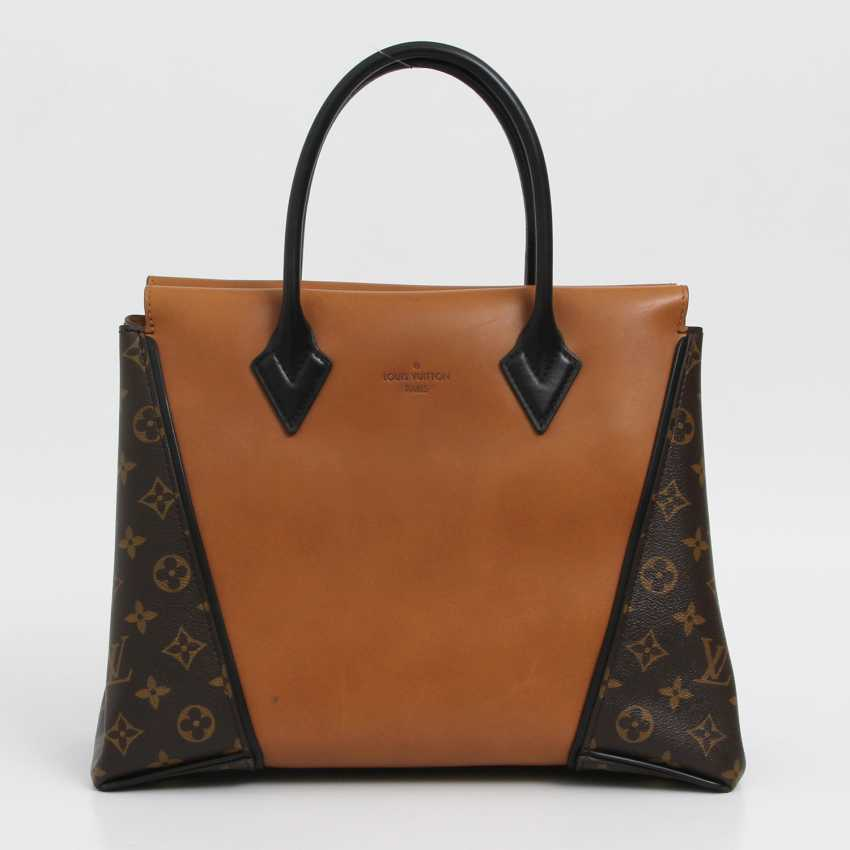 "LOUIS VUITTON exclusive sling bag ""W PM"", collection 2013. - photo 1"