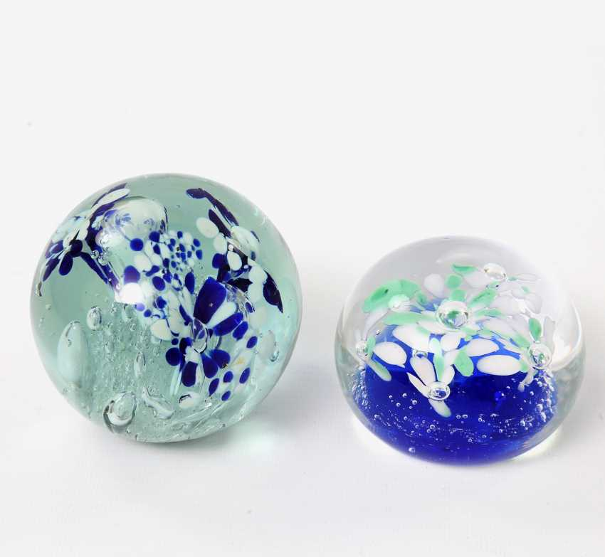 Pair Of Paperweight (Paperweights), 20. Century - photo 1