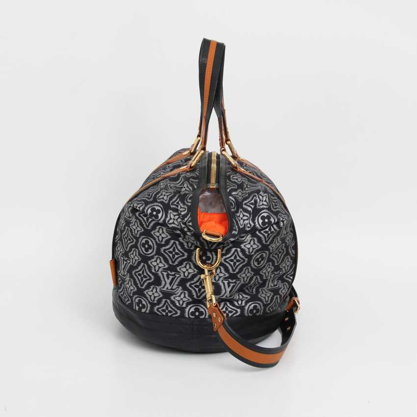 "LOUIS VUITTON exclusive shoulder/messenger bag ""AVIATOR NAVY"", - photo 4"