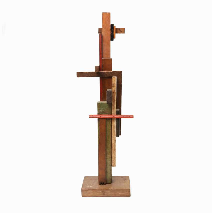 "ARTISTS 20. Century, probably in Russia, ""SUPREMATIST sculpture"", - photo 1"