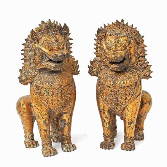 Pair Of Temple Guardian Lion. INDONESIA, mid 20's. Century - photo 1