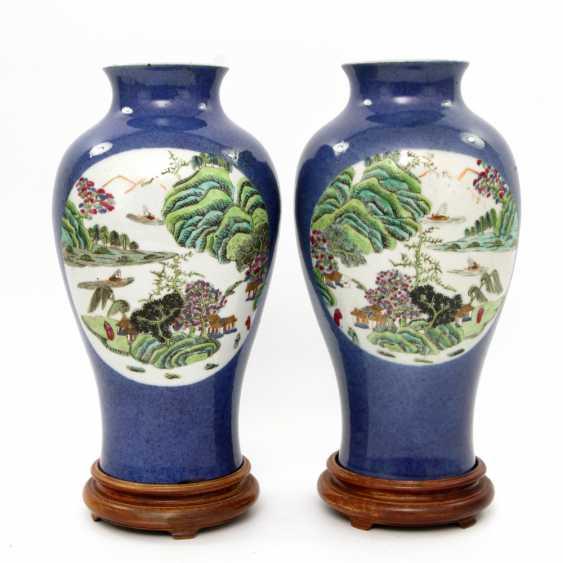 Few Vasen mit famille verte ' -Dekor. CHINA, Kangxi-Period (1662-1722) - photo 4