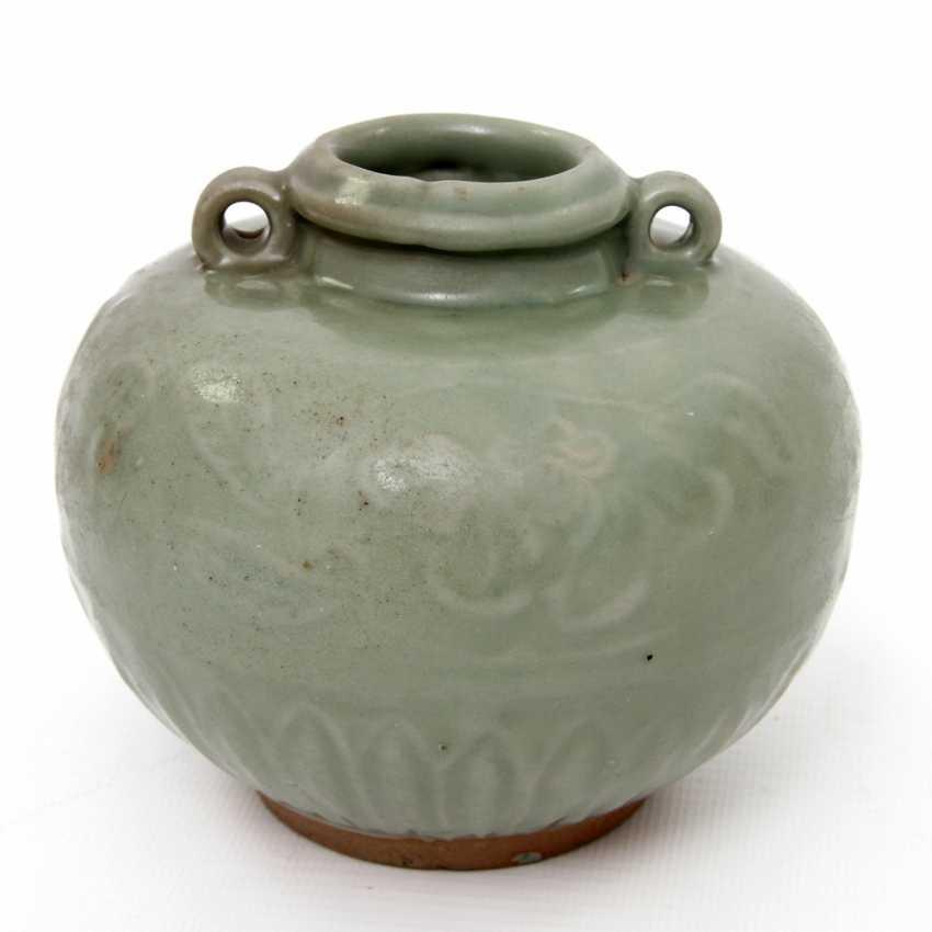 Jar with celadon glaze. Yuan dynasty (1279-1368) - photo 1