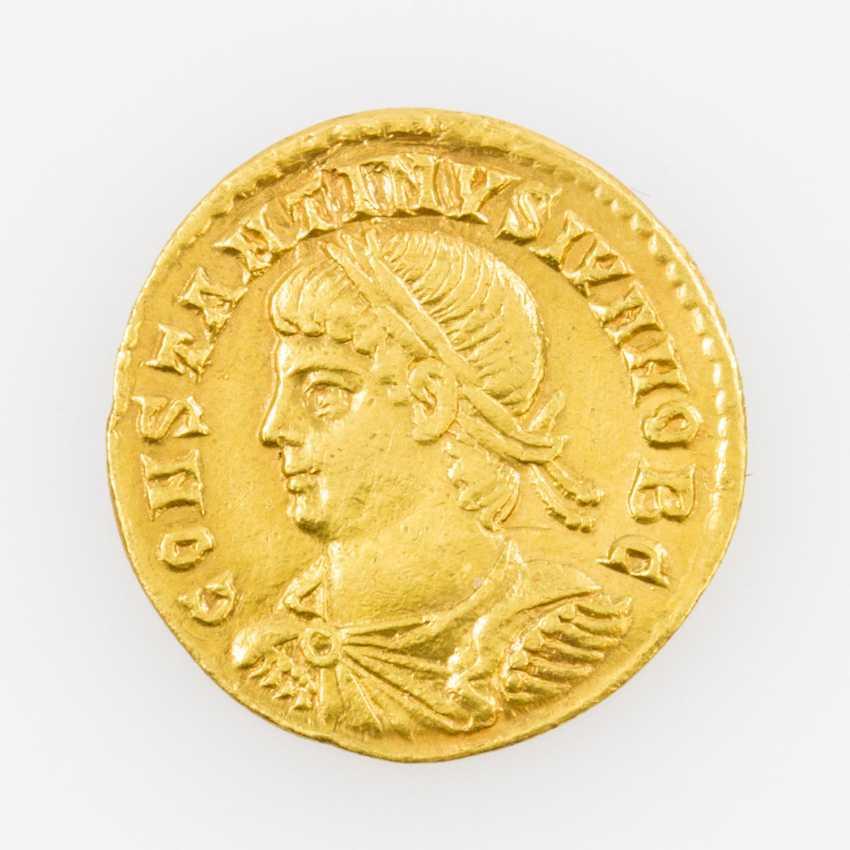 Antique/ROM. Empire, Gold Solidus of Constantin II., Caesar, Av: Belorbeerte, draped - photo 1