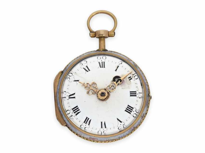 Pocket watch: extremely rare miniature Rococo Emailleuhr in the style of Meissen painting on porcelain, Louis Waltrin à Paris, No. 593, CA. 1770 - photo 2