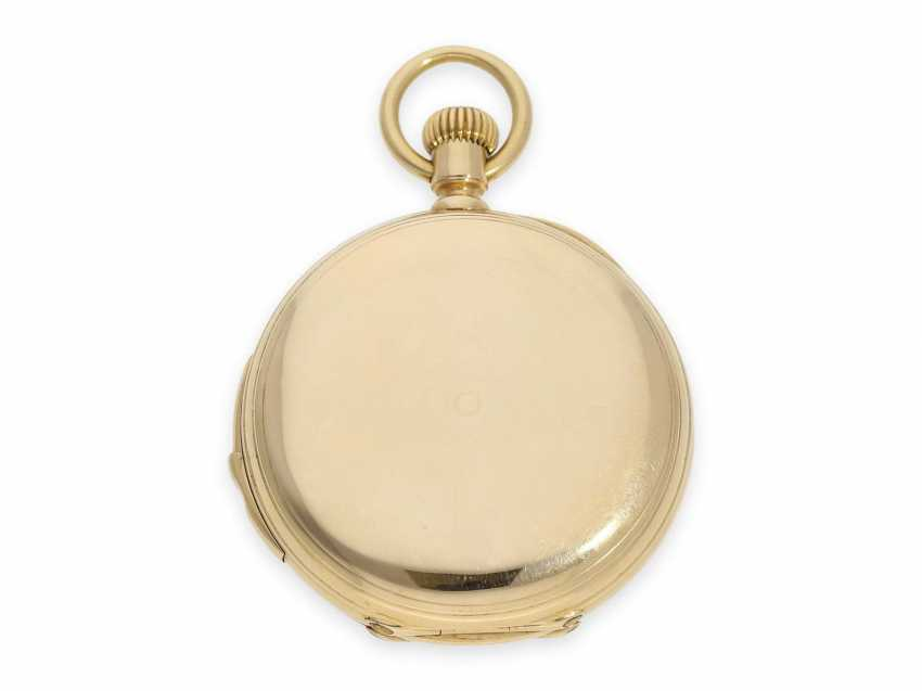 Pocket watch: very fine and early Patek Philippe, gold savonnette with quarter-hour Repetition, delivered to the chronometer-maker Rodanet in Paris, 1872 - photo 8
