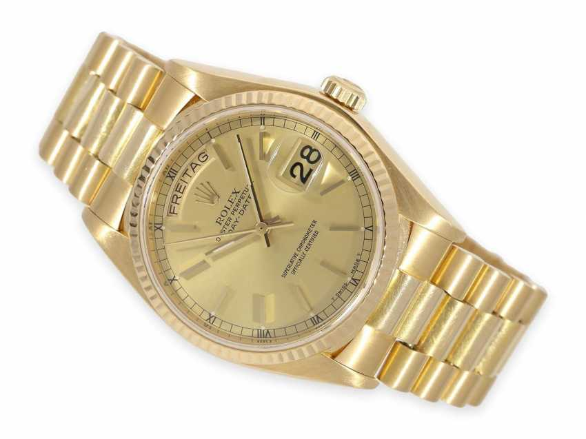 Watch: very nicely preserved vintage Rolex Day-Date Ref.18038 with service papers from 2019 and Rolex Service pouch - photo 1