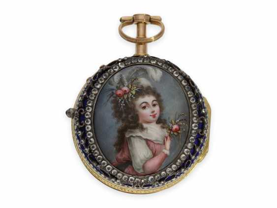 Pocket watch: Museum, Golden double case Gold/enamel Spindeluhr with associated Chatelaine with the finest enamel magnifying glass painting, Freres Esquivillon & Dechoudens, Geneva, No. 63453, Geneva, CA. 1760 - photo 4