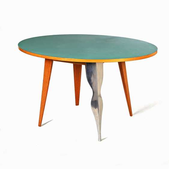 TABLE - photo 1