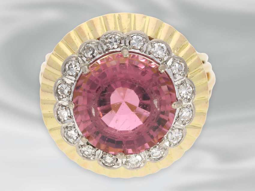 Ring: very decorative and fancy carved vintage gold wrought ring with a large tourmaline and diamond trim - photo 4