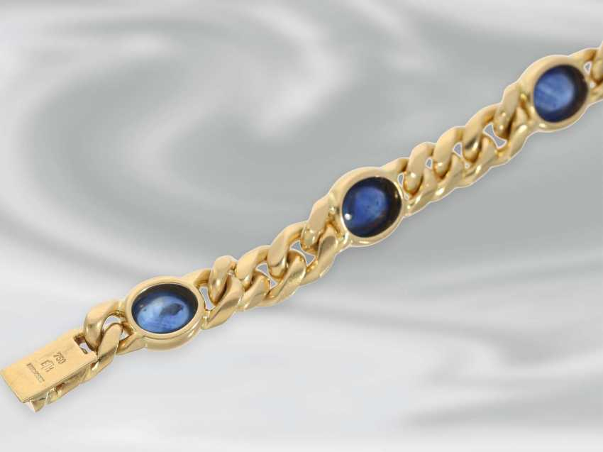 Bracelet: wide vintage chain bracelet in 18K Gold with a beautiful sapphire Cabochons, handmade - photo 3